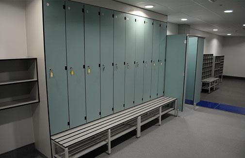 lockers-lg-3